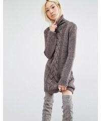 Oneon - Robe pull tricotée main avec détails torsadés - Marron