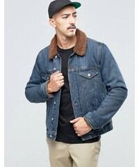 ASOS - Veste en jean délavage moyen avec fourrure synthétique marron - Bleu