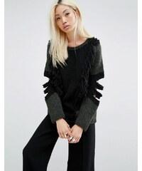 Oneon - Pull tricoté main avec détails apparents au niveau des coudes - Vert