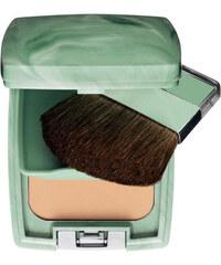 Clinique Kompaktní pudrový make-up Almost Powder SPF 15 9 g