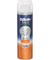 Gillette Pěna na holení 2 v 1 Fusion Proglide Sensitive Activ Sport 250 ml