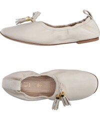 18 KT CHAUSSURES