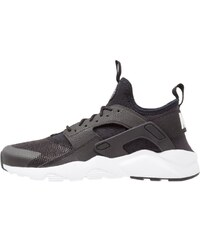 Nike Sportswear AIR HUARACHE RUN ULTRA Baskets basses black/white