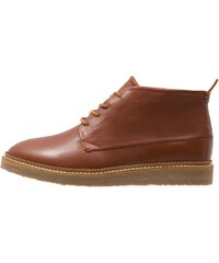 Cobbled by Northern Cobbler OARFISH Chaussures à lacets dark tan