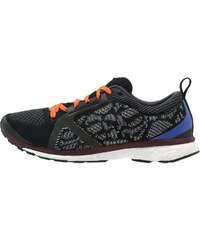 adidas by Stella McCartney ADIZERO ADIOS Chaussures de running compétition core black/pomegranate/maroon