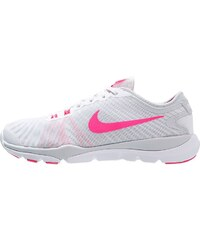 Nike Performance FLEX SUPREME TR 4 Chaussures d'entraînement et de fitness white/hyper pink/pure platinum/wolf grey