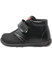 Kavat HAMMAR Chaussures premiers pas black