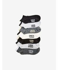 chaussettes imprimé jour noires, grises et blanches Jennyfer