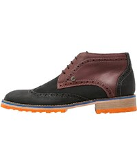 A fish named fred Chaussures à lacets grey