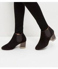 New Look Schwarze Ankle Boots aus Wildleder mit Metallpaspel, weite Passform