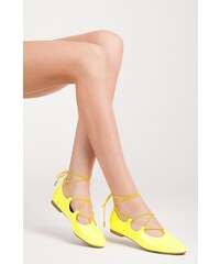 FAMO Lesklé žluté dámské balerínky zdobené vázáním