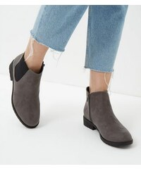 New Look Graue Chelsea-Stiefel aus Wildlederimitat in weiter Passform