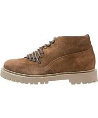 Casbia Chaussures à lacets mars
