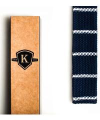 Kavalier's Tmavě modrá pletená kravata s bílými proužky