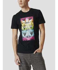 Tričko adidas Originals SOCCURF TEE