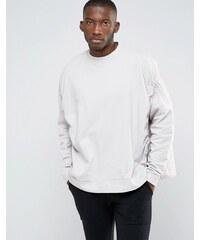 ASOS - Extrem übergroßes Sweatshirt mit Raffung - Beige