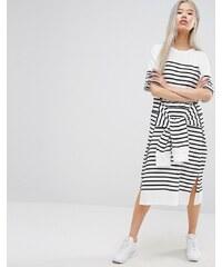 STYLE NANDA STYLENANDA - Mittellanges Oversized-T-Shirt-Kleid mit Streifen und Taillenschnürung - Schwarz