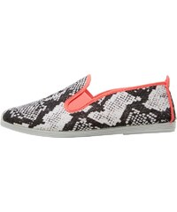 FLOSSY Womens Baza Plimsole Nake/Pink