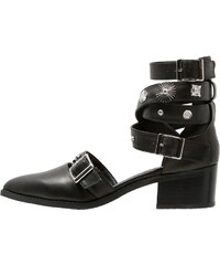 Eeight UMA Boots à talons black