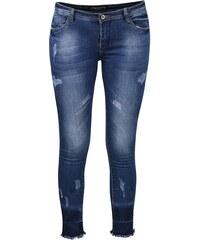 Modré džíny s roztřepenými nohavicemi Madonna