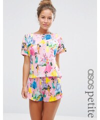 ASOS PETITE - Disney Princesses - Set mit T-Shirt & Shorts - Mehrfarbig