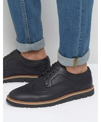 Pull&Bear Brogues With Rubber Sole in Black - Schwarz