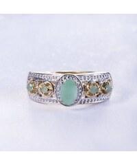 KLENOTA Pozlacený smaragdový prsten