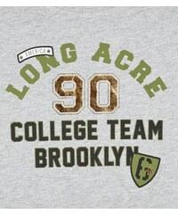 """New Look Teenager – Graues Crop-Top mit """"Long Acre 90""""-Aufschrift"""