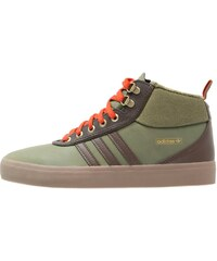 adidas Originals ADITREK Chaussures de skate olive cargo/brown/craft chili