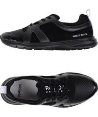 PANTONE UNIVERSE FOOTWEAR CHAUSSURES