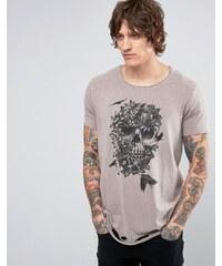 ASOS - T-shirt long avec encolure à bord brut, ourlet déchiré et imprimé tête de mort - Marron