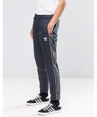 adidas Originals - AY8363 - Graue Jogginghose mit Logo-Mix - Grau
