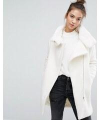 Pull&Bear - Mantel mit Kunstfellfutter und Reißverschluss - Weiß