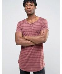 ASOS - T-shirt super long à rayures transparentes avec encolure et ourlet arrondis - Rouge