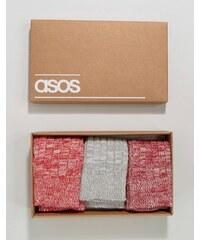 ASOS - Rote, gerippte Stiefelsocken in einer Gechenkschachtel, 3er-Pack - Mehrfarbig