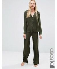 ASOS TALL - Moss - Ensemble pyjama en satin avec top à passepoil et pantalon ample - Vert