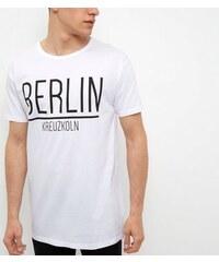 """New Look Weißes Longline-T-Shirt mit """"Berlin""""-Aufschrift"""