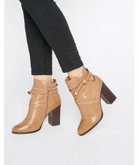 Miss Selfridge - Ava Update - Chaussures à brides enveloppantes - Beige