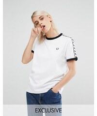 Fred Perry - T-shirt d'archive à bordures contrastantes - Blanc