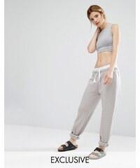 Nocozo - Pantalon de survêtement avec ruban contrastant - Gris