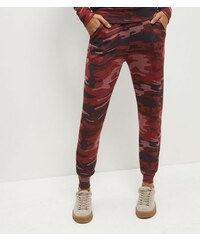 New Look Weinrote, leichte Jogginghose mit Camouflage-Muster