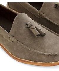 New Look Braune Loafer mit Quasten vorn, aus Wildlederimitat