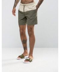 ASOS - Short de bain taille mi-longue avec empiècement couleur taupe - Kaki - Vert