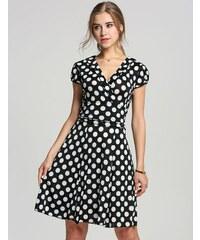 002 Letní zavinovací šaty s puntíky
