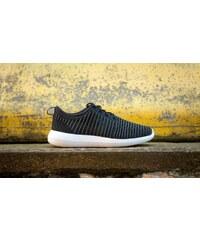 Nike Roshe Two Flyknit Black/ Dark Grey-White-Volt
