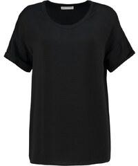 Moss Copenhagen FILIPPA Tshirt imprimé black