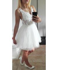 Plesové šaty- koktejlky s krajkou a květy - bílé