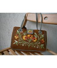 Namaste Dámská semišová kabelka s květinovou výšivkou adf0e6eafc9