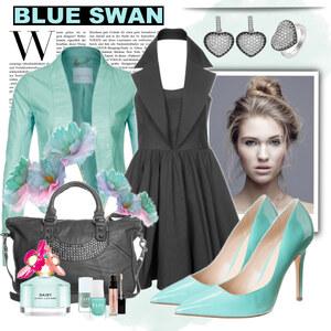 Outfit blue swan von Justine