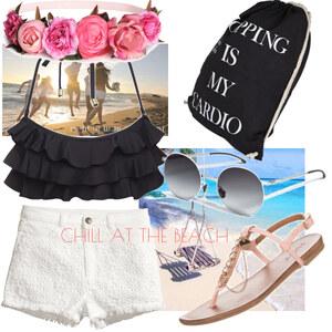 Outfit chill at the beach von Soraya Loch